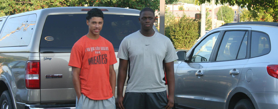 bruce brookins and JC before they go to the Razorback football camp